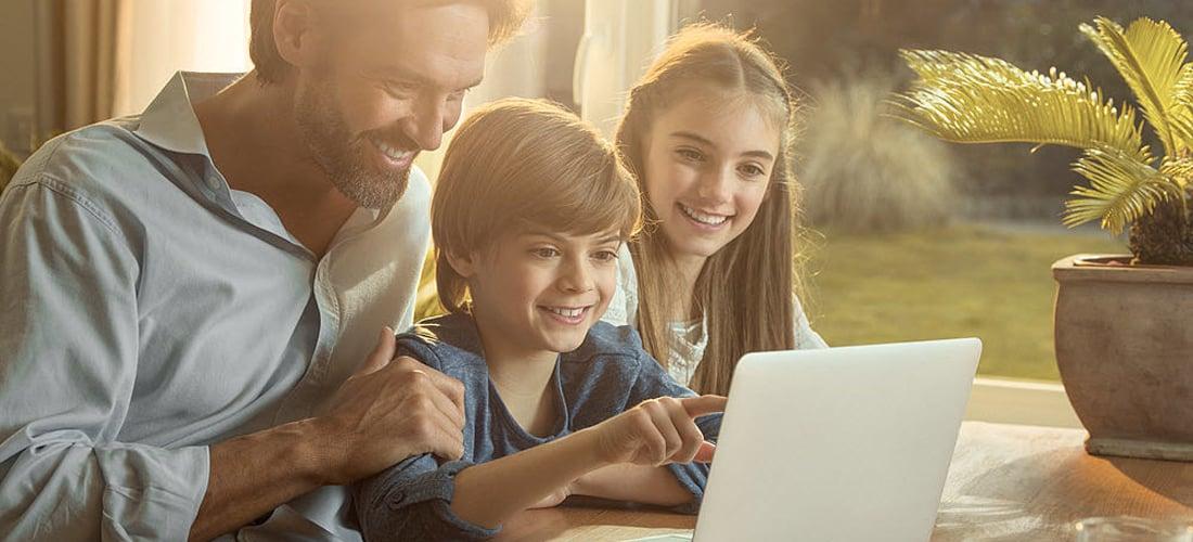 Sicherheit.im.Internet-Tipps.f·r.die.Familie_1100x500px