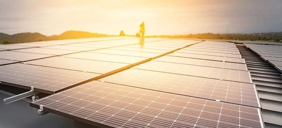 EBL-weiht-ihre-neuste-Photovoltaikanlage-ein_1100x500px